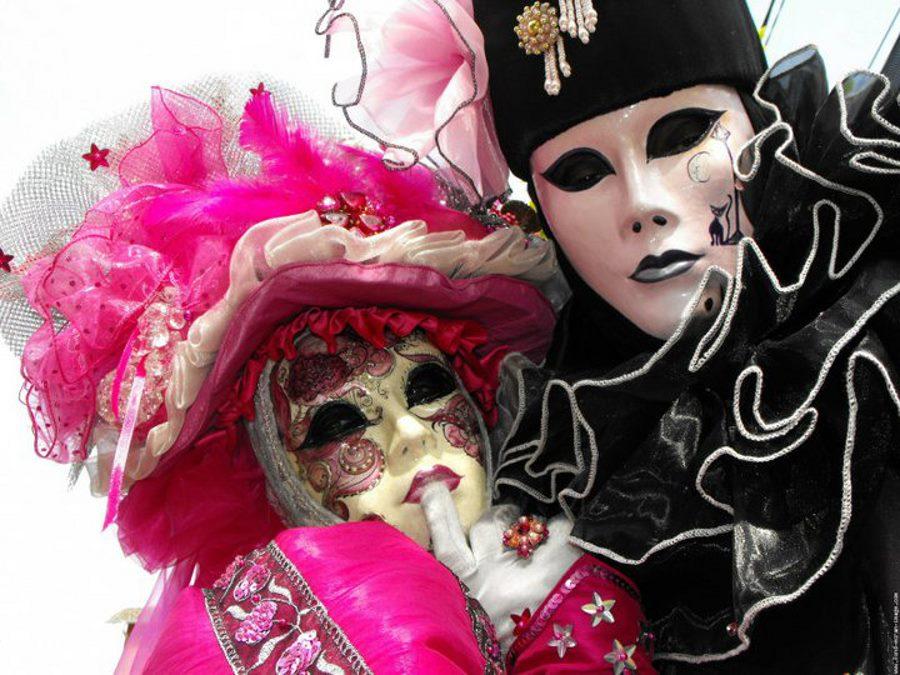 BAS LES MASQUES! carnaval-couple2